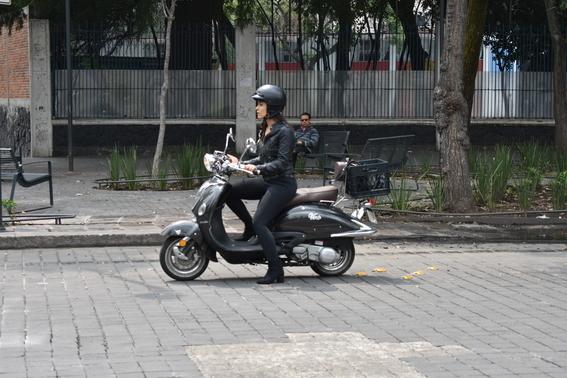 roban motocicleta el potrillo a brigadista kim de anda sismo 19 s 1