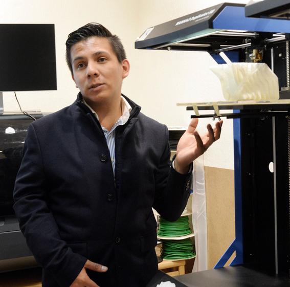 disena unam impresora 3d para replicar huesos con materiales biodegradables 1