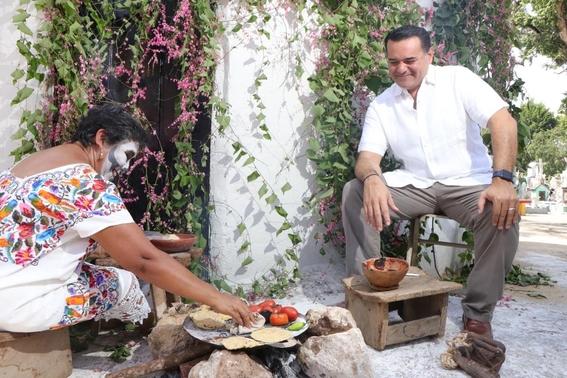 el tianguis turistico tendra una inversion de cerca de un millon de pesos tan solo en la superficie de exhibicion; el evento sera del 22 al 25 d 2