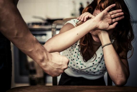 la destruccion de la naturaleza conduce a la violencia de genero incluyendo las agresiones sexuales y prostitucion forzada asegura un estudio 1