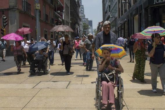 el lunes se esperan altas temperaturas en toda la ciudad de mexico asi que guarda tu ropa de invierno 1