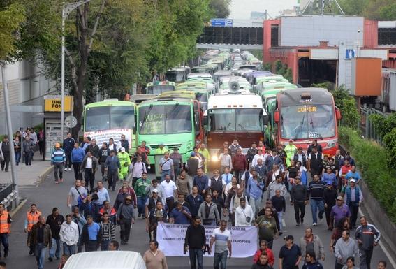 la megamarcha de transportistas de la fuerza amplia de transportistas prevista para que el miercoles saliera de distintos puntos de la cdmx fue c 2