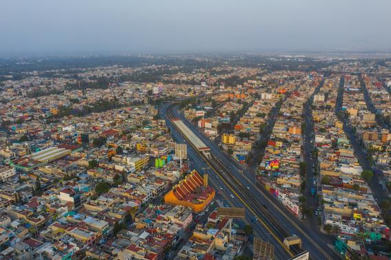 las calles de la cdmx poco a poco han ido vaciandose dejando estas impresionantes imagenes de calles y vialidades desiertas 3