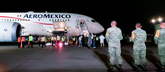 este es el primer vuelo con equipo medico complementario para enfrentar al covid19 que servira para proteger mejor a los trabajadores de la salu 1