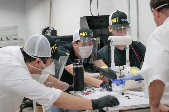 estudiantes de ingenieria en mecatronica crearon un respirador de bajo costo que puede ser utilizado sin luz 2