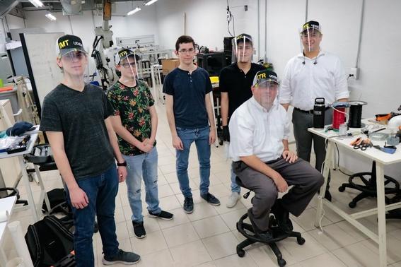 estudiantes de ingenieria en mecatronica crearon un respirador de bajo costo que puede ser utilizado sin luz 3
