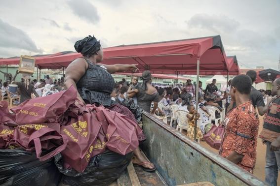 portadores de ataudes origen e historia de la popular profesion en ghana 4