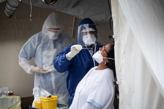 medicos sin fronteras muestran a traves de diferentes fotografias como es que hacen frente a la pandemia por covid en el mundo 6