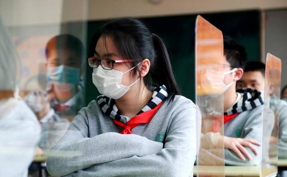 imagenes del regreso a clases en wuhan china 2
