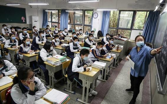 imagenes del regreso a clases en wuhan china 5