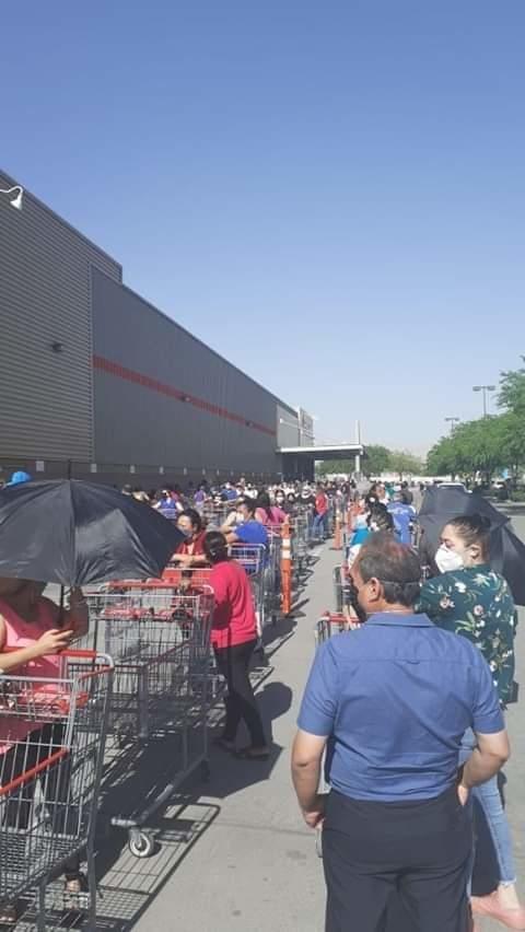 hacen largas filas para comprar pastel para celebrar 10 de mayo en chihuahua 1