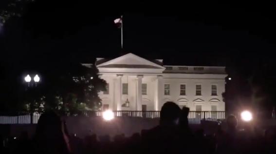 por protestas apagan luces de la casa blanca en estados unidos 1