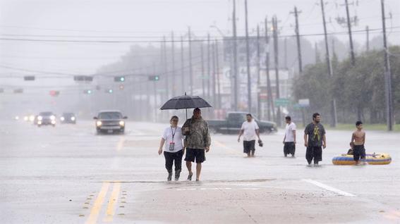 fotos de la tormenta tropical hanna en monterrey 1