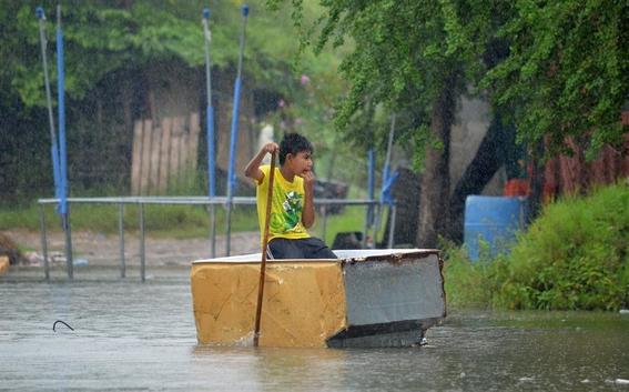 fotos de la tormenta tropical hanna en monterrey 2