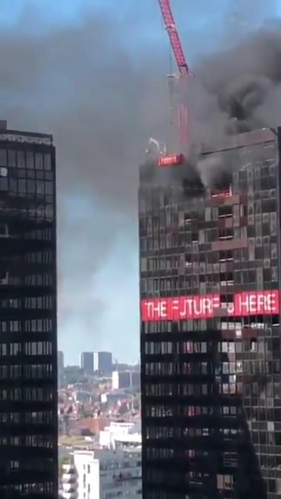 se incendia torre del world trade center de bruselas 1