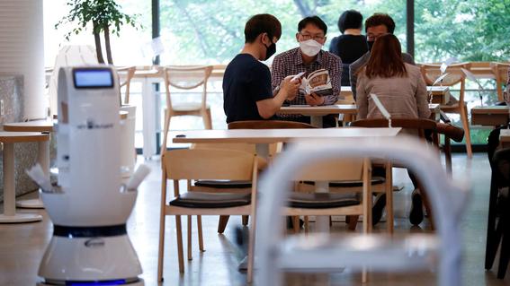 mujer asiste a cafeteria y contagia de covid19 a 55 personas 1