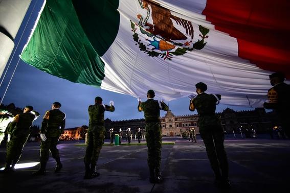izamiento bandera mexico 19s 1