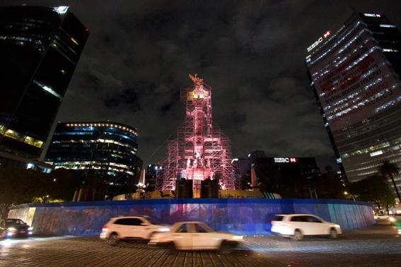 iluminan monumentos de la cdmx por el dia mundial de la alimentacion 4