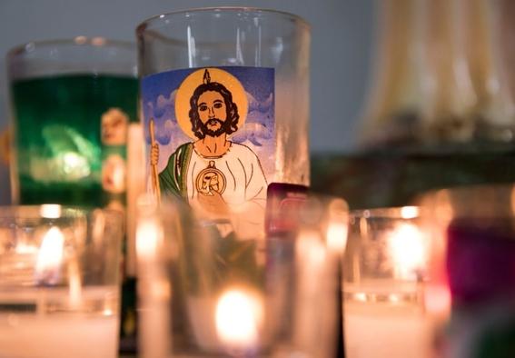 ¿que significan los simbolos en la imagen de san judas tadeo 1