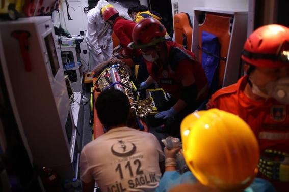 tsunami turquia muertos sismo 1