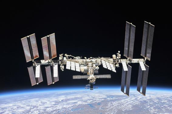 humanos han habitado la estacion espacial internacional por 20 anos 1