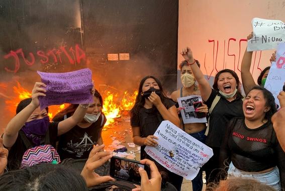 periodista que cubria manifestacion de feministas y que fue herida de bala cuenta como lo vivio 1