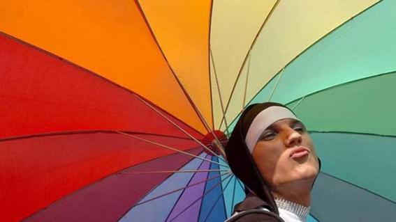 buscan prohibir adopciones a parejas del mismo sexo en hungria 1