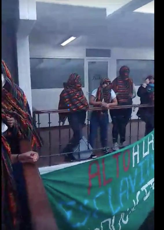 mujeres toman congreso de puebla y radio buap exigir despenalizacion aborto 2