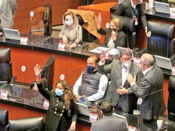 senado mexicano aprueba reforma que elimina fuero presidencial 2
