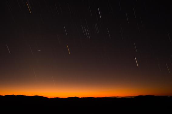 lluvia de estrellas geminidas alcanzara su punto maximo esta noche 1