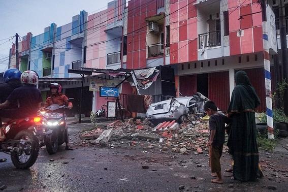 fuerte terremoto en indonesia deja 34 muertos y mas de 600 heridos 3
