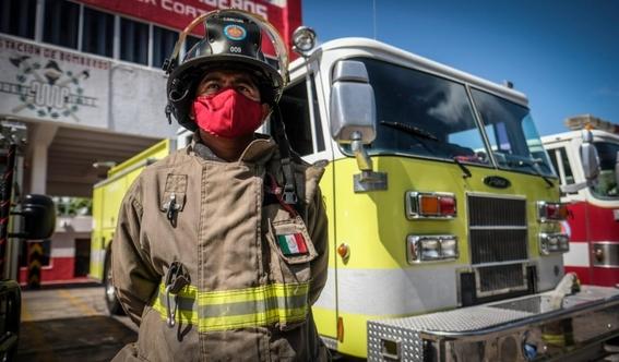 tras polemico video separan del cargo al director de bomberos de cancun 1