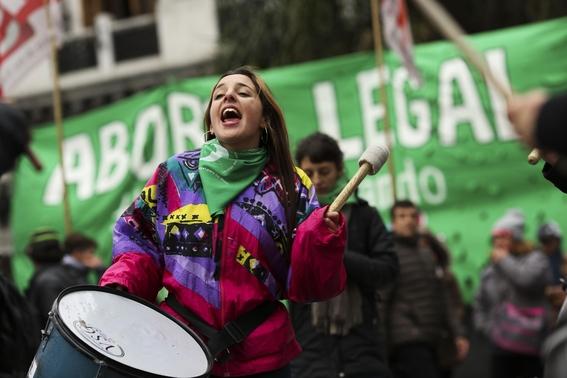 practican mas de mil abortos gracias a nueva ley en irlanda 2