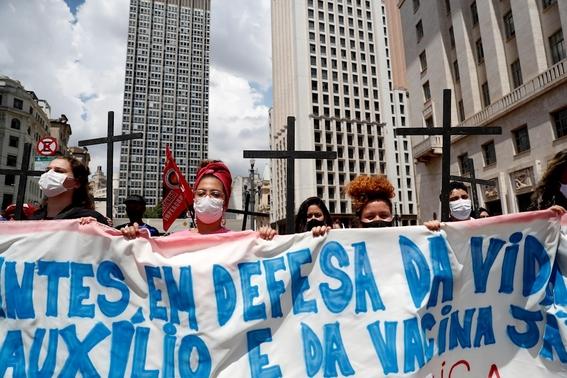 fotos asi se vive la marcha del 8m en el mundo 10