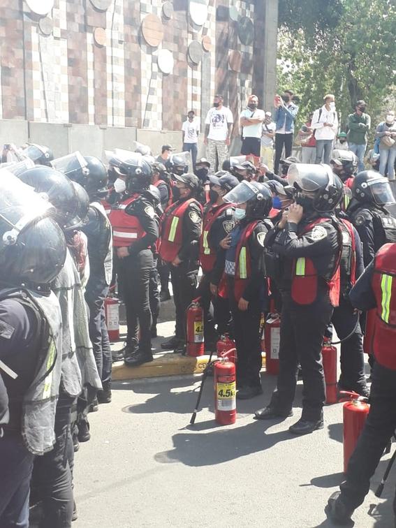 marcha manifestacion 8m dia de la mujer 30