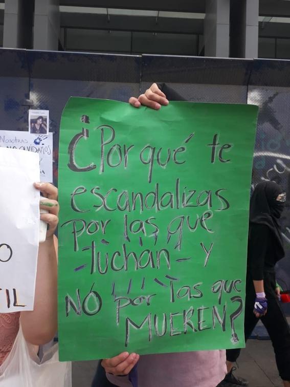 marcha manifestacion 8m dia de la mujer 22