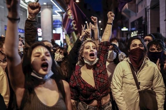 fotos asi se vive la marcha del 8m en el mundo 19