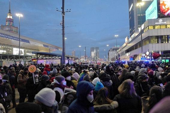 fotos asi se vive la marcha del 8m en el mundo 23