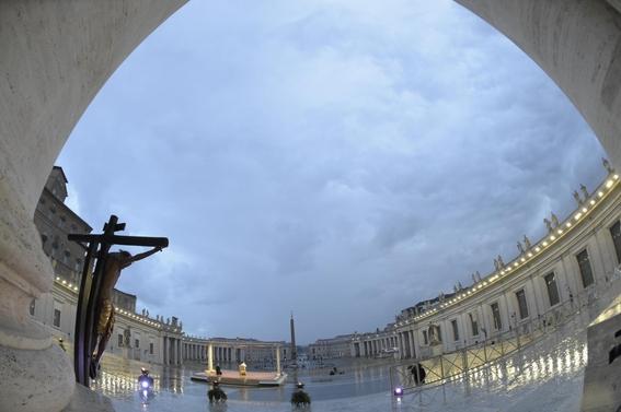 vaticano pide mayores donaciones fieles ante situacion economica 1