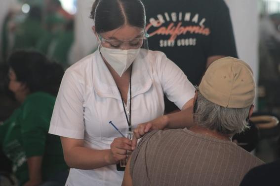 aplicacion de vacuna contra covid19 no puede causar trombosis 2