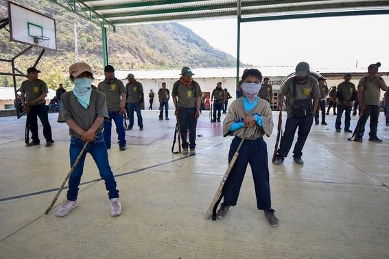 fotos y video ninos de entre 6 y 11 anos se unen a la policia comunitaria en guerrero 3