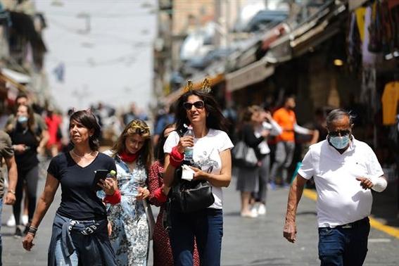 en israel aprueban salir a la calle sin cubrebocas a partir de hoy 2