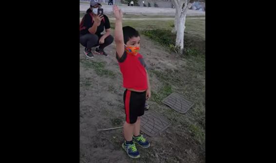 video 'te amo mucho' abuelito le canta las mananitas a su nieto separados por la frontera mexicoeua 1