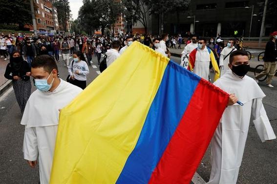 anonymous hackea pagina del ejercito de colombia tras violentas protestas 1