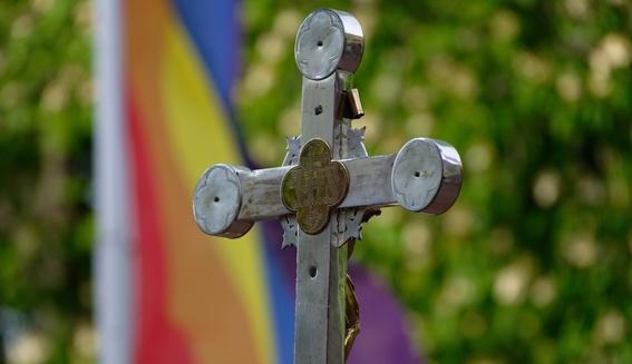 sacerdotes bendicen parejas homosexuales en alemania 2