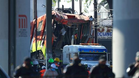 aumentan asaltos en microbuses que usan los afectados por colapso en linea 12 1