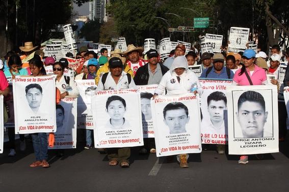 eua entrega a mexico expediente que ayudaria a resolver el caso de los 43 de ayotzinapa 1