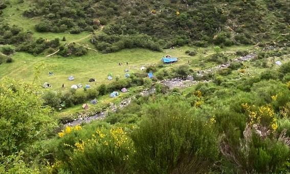 video 'familia arcoiris' comunidad hippie se instala en espana 1