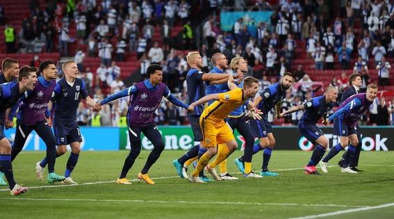 dinamarca finlandia partido uefa euro 1