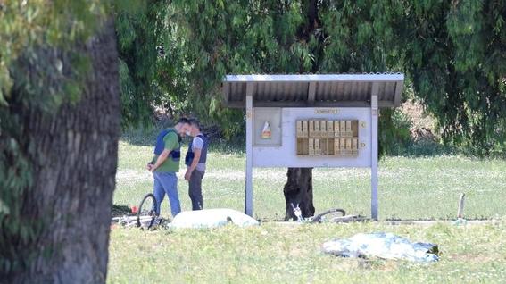 mata anciano ninos roma suicida 1